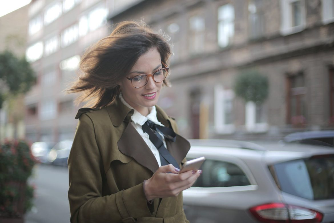 5 ESSENTIAL MOBILE APP MARKETING TRENDS TO LOOK OUT FOR IN 2021