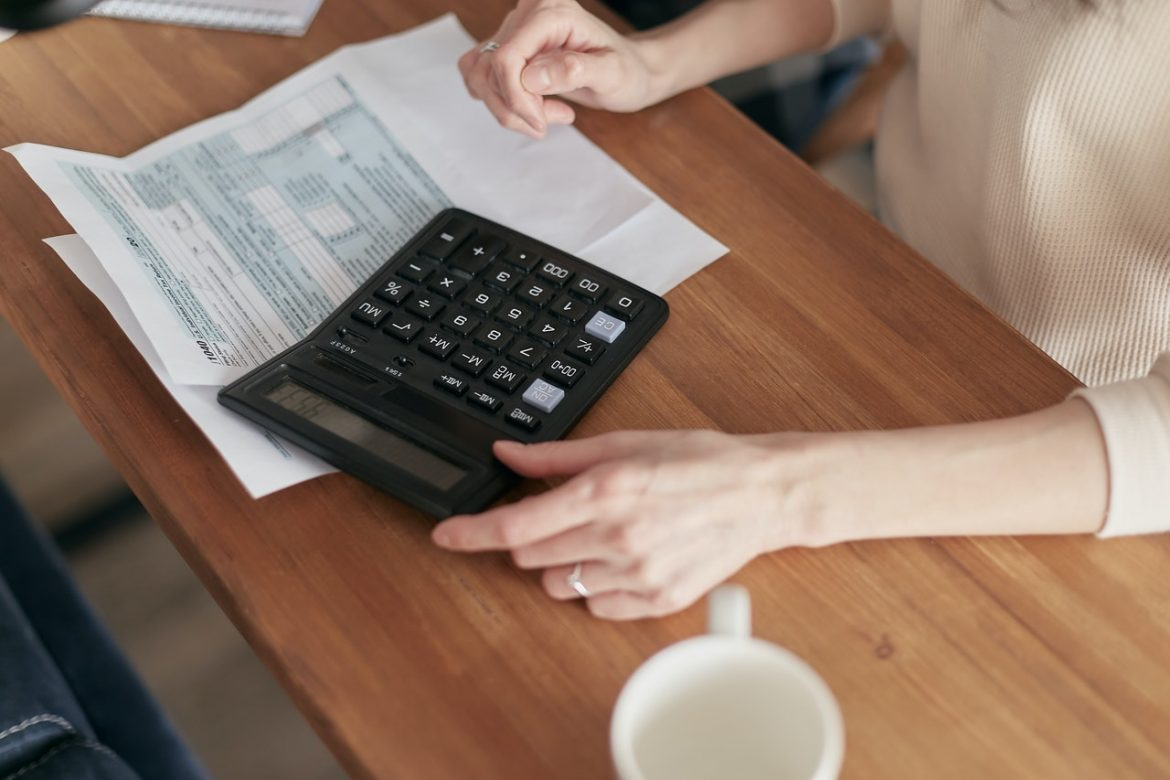 5 Tips to Better Manage Your Accounts Receivables